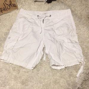 🍀6/$60 Ann Taylor Loft white cargo type shorts 10